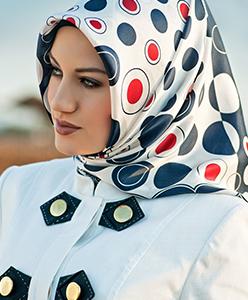 كيف تختارين الحجاب المناسب لك خلال شهر العسل